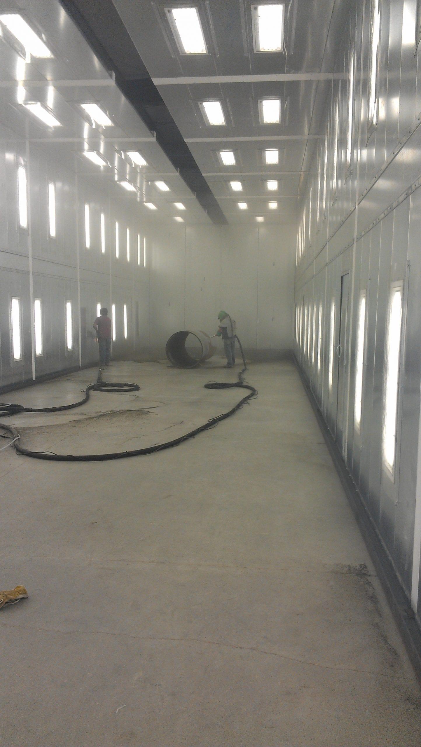 Large Sandblast Facility - Clean Floor